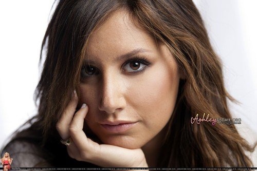 Ashley Tisdale Hintergrund with a portrait titled 2009 - Scott Gries [HQ] <3