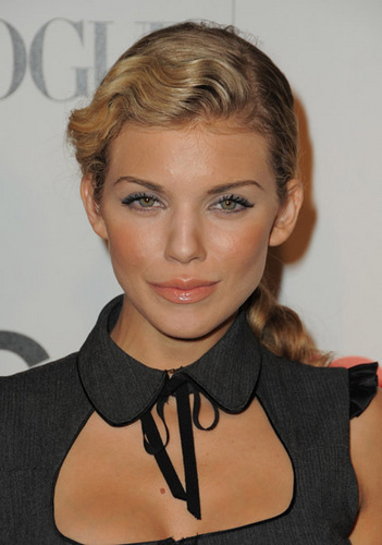 AnnaLynne @ 7th Annual Teen Vogue Young Hollywood Party