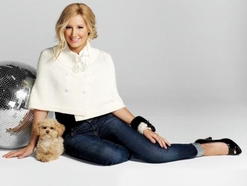 http://images2.fanpop.com/images/photos/8300000/Ashley-Tisdale-ashley-tisdale-8368165-500-378.jpg