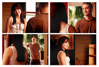 "Brucas ""I missed toi Lucas Scott."" ""I missed toi too Pretty Girl."""