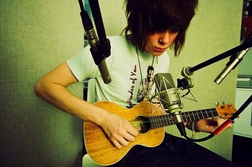 Christofer Drew - nevershoutnever Photo