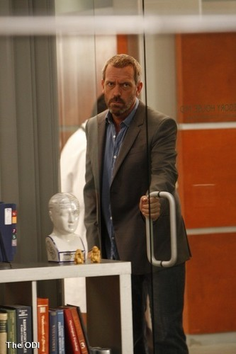 HOUSE EP 6X05 INSTANT KARMA PICS - house-md Photo