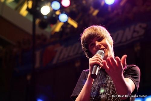 Justin at 99.7 DJX