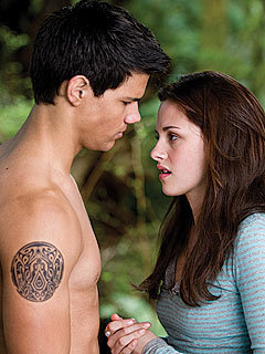 MQ New Moon Still