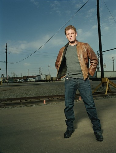 Sean Bean wallpaper with a carriageway entitled Sean Bean
