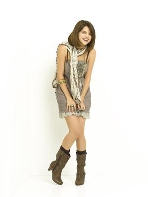 Selena Gomez Season 3 Wizards Photoshoot