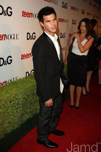 Taylor Lautner At Teen Vogue's Young Hollywood Party