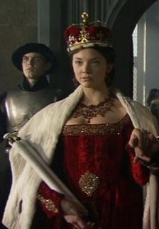Anne Boleyn 壁纸 with a surcoat, 外套 and a 战袍, tabard titled natalie dormer