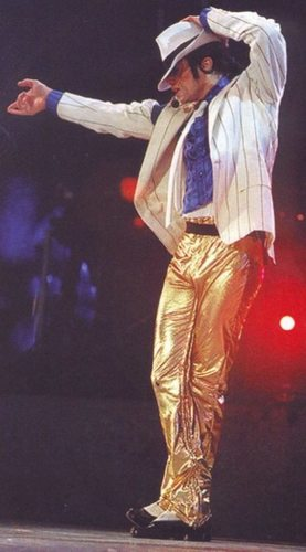 *Gold Pants* Dahoo!!!