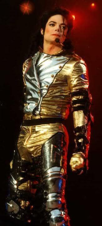 *Gold Pants* Dahoo!!!
