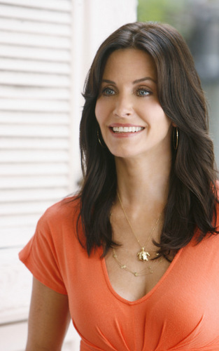 Cougar Town wallpaper with a portrait titled  I Won't Back Down Promotional Photo