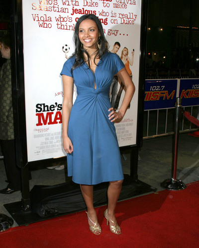"""Shes The Man"" Premiere"