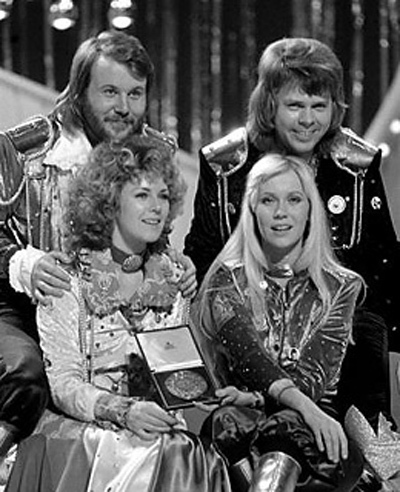 ABBA wallpaper possibly containing battle dress, a bandsman, and a green beret entitled ABBA