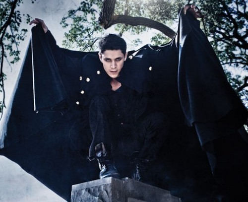 Alex Meraz as a Vampire!