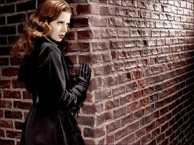 Amy Adams karatasi la kupamba ukuta containing a mitaani, mtaa called Amy Adams