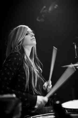 Avril Playing Drums :D