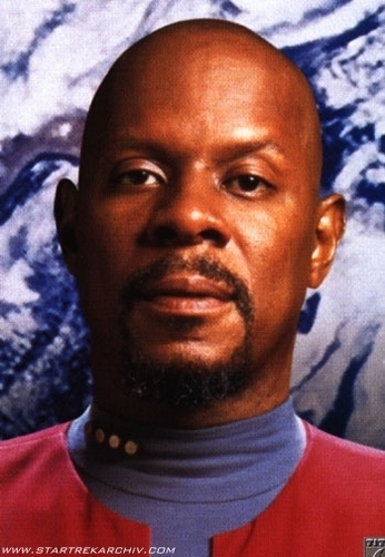 nyota Trek: Deep Space Nine karatasi la kupamba ukuta called Benjamin Sisko