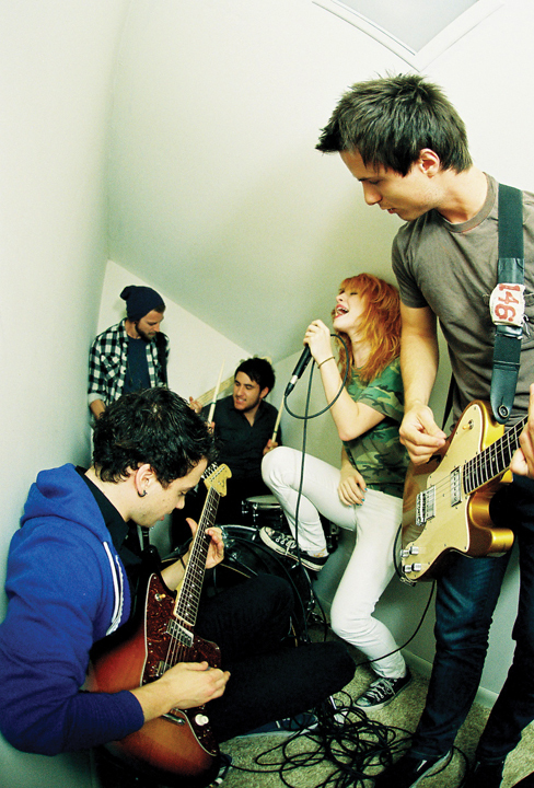 Brand New Eyes - brand-new-eyes photo