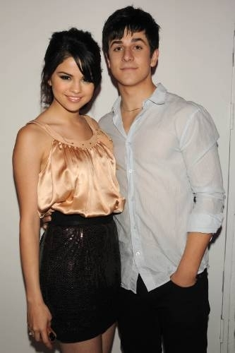 David/Selena at किस & Tell Release Party