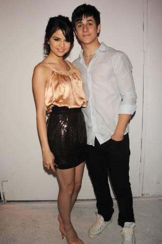 David/Selena at किस & Tell Release Party