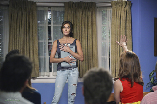 Desperate Housewives - Episode 6.05 - Everybody Ought to Have a Maid - Promotional Fotos