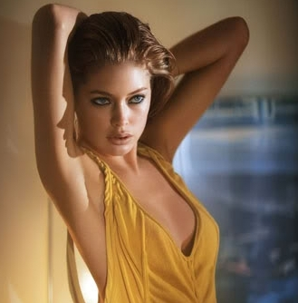 Doutzen Kroes - doutzen-kroes Photo