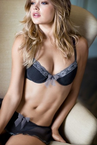 Doutzen Kroes wallpaper called Doutzen Kroes