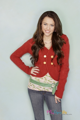 Hannah Montana wallpaper containing a cardigan called Hannah Montana Season 2 Promotional Photos [HQ] <3