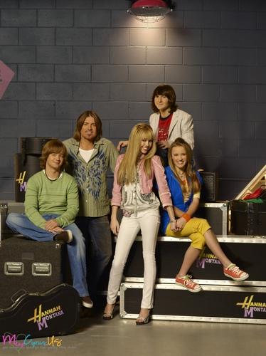 Hannah Montana Season 2 Promotional foto [HQ] <3