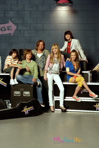 Miley Cyrus wallpaper called Hannah Montana Season 2 Promotional Photos [HQ] <3