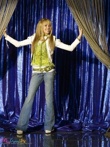 Hannah Montana Season 2 Promotional fotos [HQ] <3