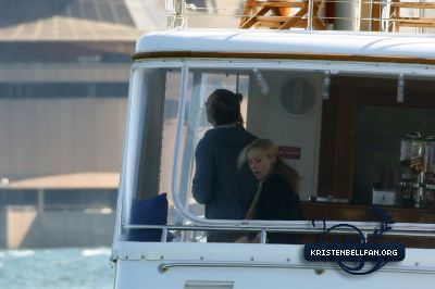 Kristen On Sydney harbour