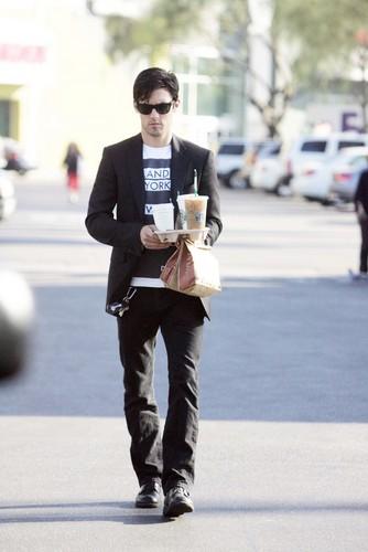 Milo Ventimiglia - Starbucks