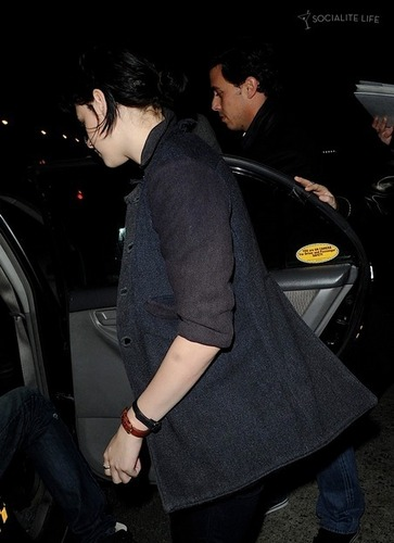 Mehr of Rob & Kristen out together
