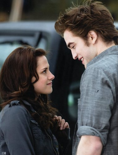 New Moon Companion pics HQ