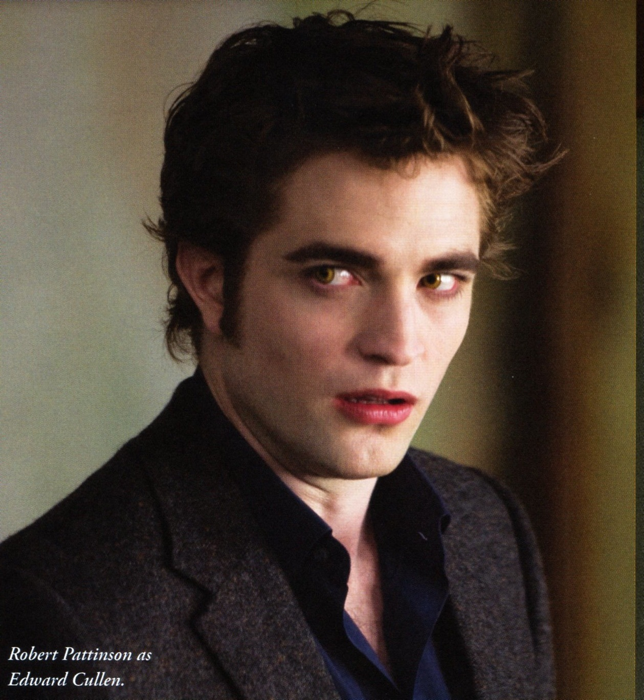 New Moon Still Hq Edward Cullen Photo 8462839 Fanpop
