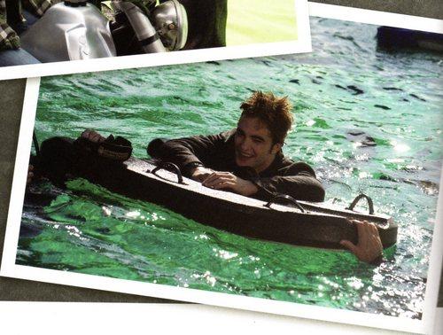 Robert Pattinson & Kristen Stewart 壁纸 titled New Moon stills