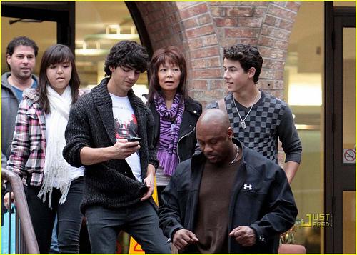 October 03, 2009
