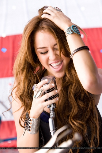 miley cyrus wallpaper probably containing a portrait called Party In The U.S.A musik Video Stills [HQ] <3