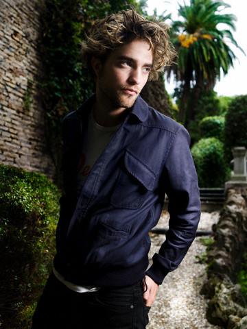 R. Pattinson