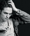 R. Pattinson - twilight-series photo