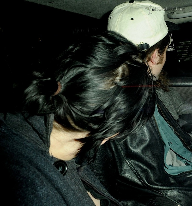 Robsten back from dining with friends- in taxi then in elevator (yesterday)