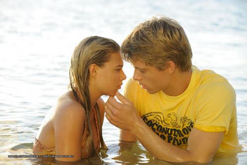 Bella and will - h2o-just-add-water-girls Photo