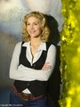 Elizabeth Mitchell-V promo pics - v photo