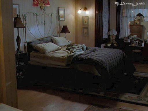 RPG Charmed - Portal Girls-rooms-piper-halliwell-8509178-512-384