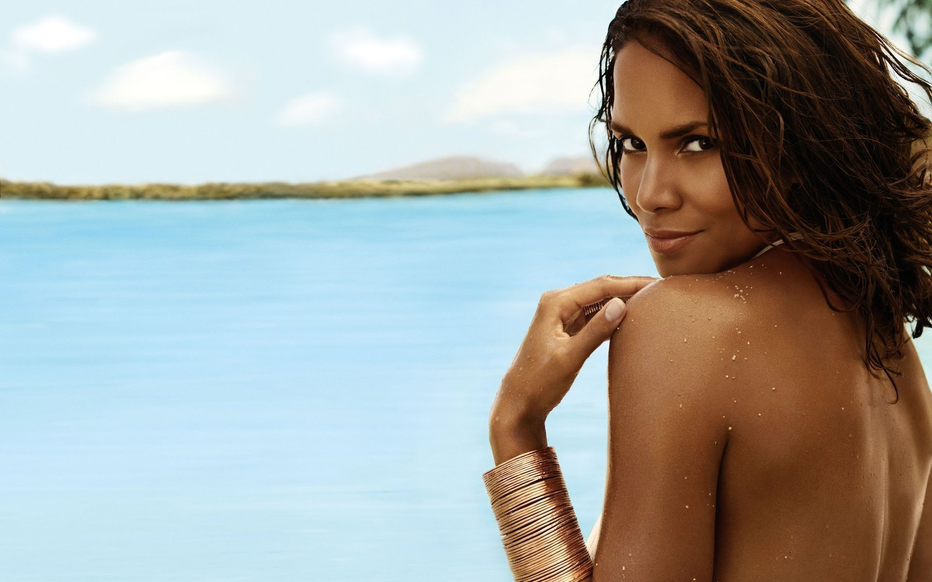 halle berry wallpapers 1920 - photo #28