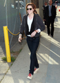 Kristen being gorgeous outside of Jimmy Kimmel Live  - twilight-series photo