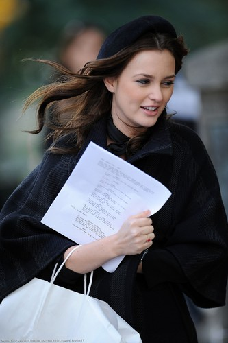 Leighton Meester exposes Script page