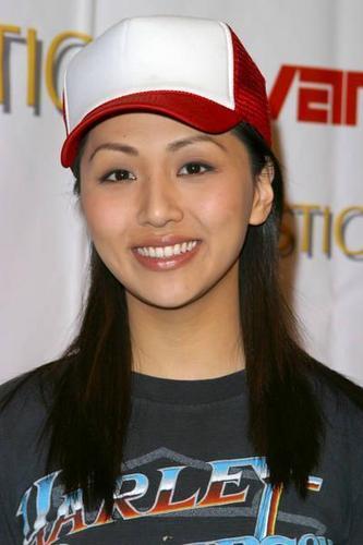 Linda Park - Hoshi Sato