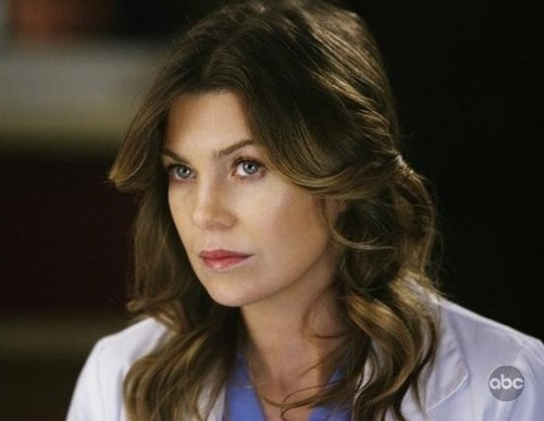 Meredith Grey karatasi la kupamba ukuta with a portrait called Meredith Grey